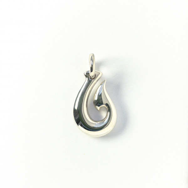 Hei Matau (der Angelhaken) aus Silber